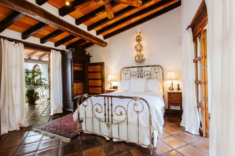 Crown View Suite